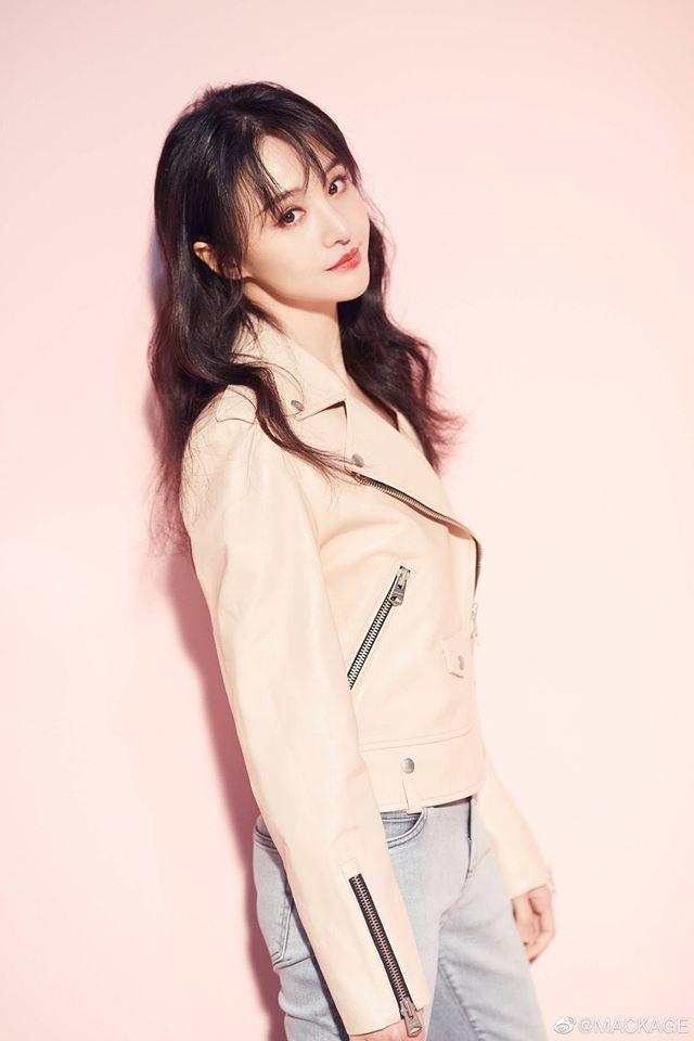 Trịnh Sảng - Song Hye Kyo thăng hạng nhan sắc sau chia tay: 'Phụ nữ đẹp nhất khi không thuộc về ai' - Ảnh 12