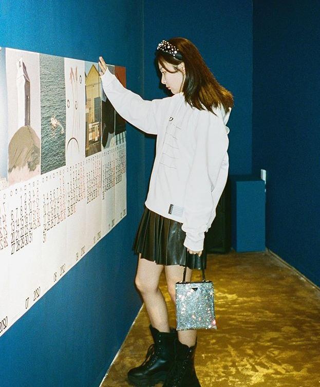 Những set đồ nữ sinh chuẩn high teen của idol Hàn - Ảnh 7