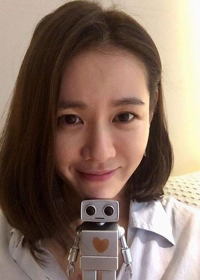 Mặt mộc của Song Hye Kyo, Son Ye Jin và những sao nữ - Ảnh 1