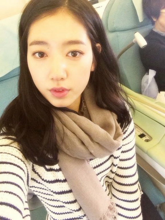 Mặt mộc của Song Hye Kyo, Son Ye Jin và những sao nữ - Ảnh 13