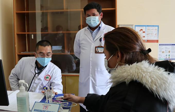 Lâm Đồng cách ly 23 nhân viên vì giám đốc nghi nhiễm nCoV - Ảnh 1