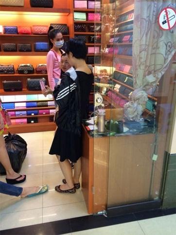 Sao Việt vướng lùm xùm hàng fake, Ngọc Trinh cực gắt còn Phương Trinh Jolie 'lặn mất tăm' - Ảnh 3