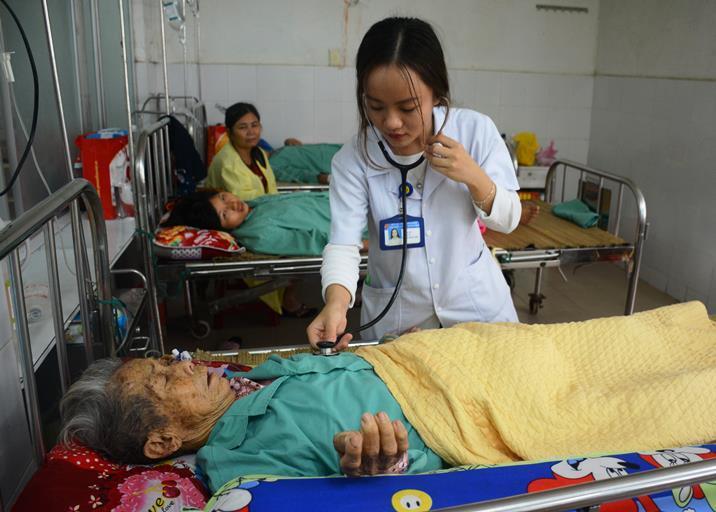 Bùng phát dịch sốt xuất huyết tại Quảng Nam, số ca nhiễm tăng gấp 3 lần năm ngoái - Ảnh 2