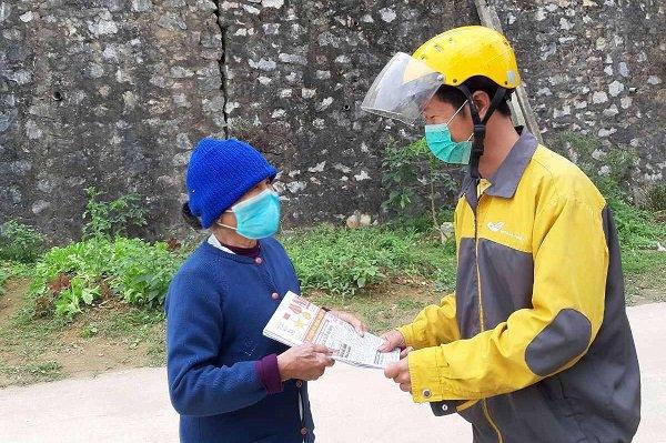 Học sinh ở nhà, dân công sở hạn chế ra ngoài… shipper kiếm tiền triệu mỗi ngày mùa dịch COVID-19 - Ảnh 5