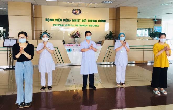 Thêm 2 bệnh nhân COVID-19 khỏi bệnh, Việt Nam chữa khỏi 266 ca - Ảnh 1