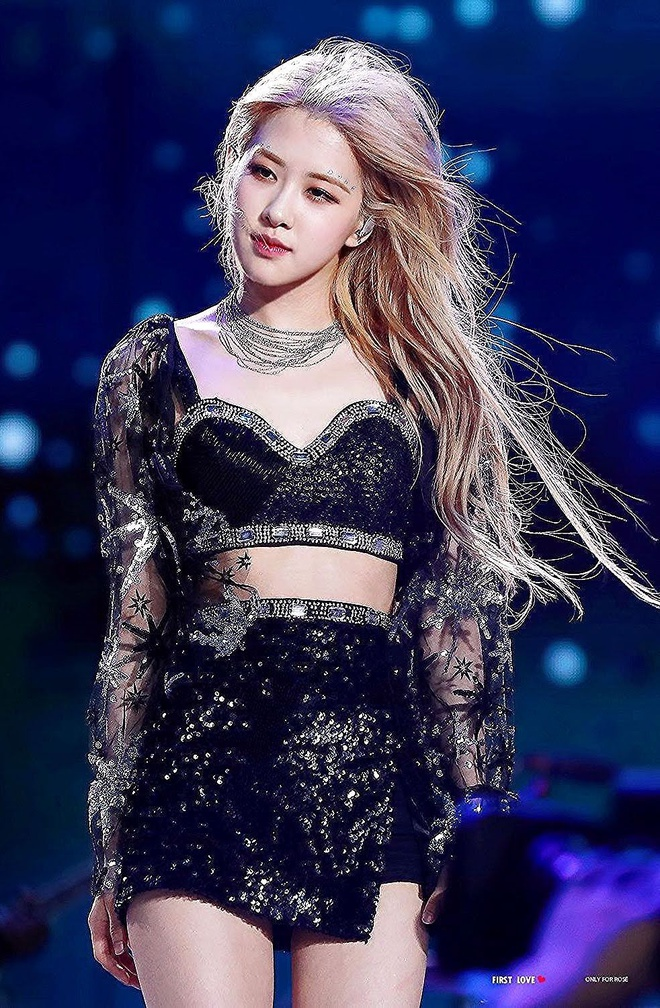 4 thành viên BlackPink xinh như nữ thần trong mái tóc xoăn - Ảnh 8
