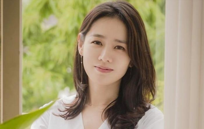 'Vượt mặt' Song Hye Kyo, Son Ye Jin được Knet bình chọn là 'Ngôi sao luôn xinh đẹp từ khi còn trẻ' - Ảnh 6