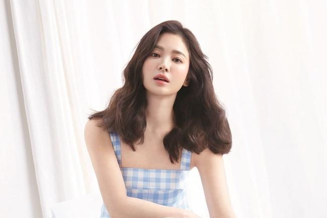 'Vượt mặt' Song Hye Kyo, Son Ye Jin được Knet bình chọn là 'Ngôi sao luôn xinh đẹp từ khi còn trẻ' - Ảnh 8