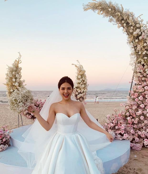 Bất ngờ trước sắc vóc 'đẹp trai hơi tài tử' của ông xã đại gia Phanh Lee tại đám cưới sang chảnh  - Ảnh 5