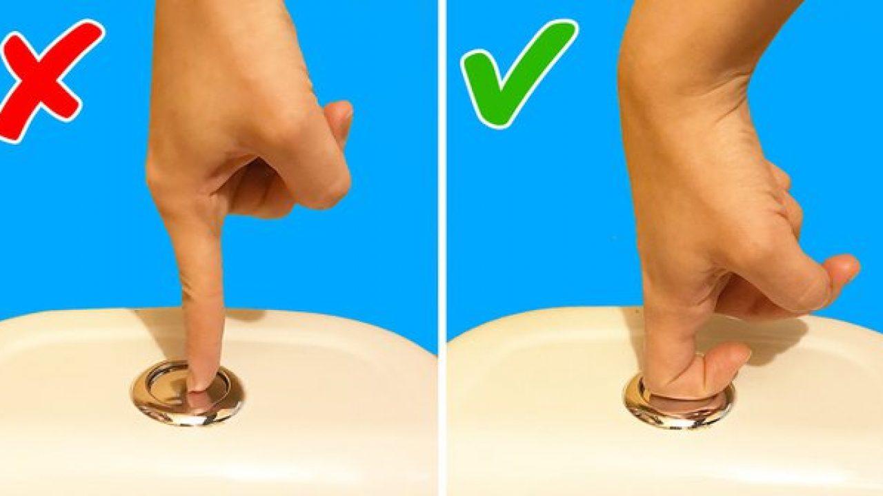 Nếu bạn vẫn có thói quen xả nước bồn cầu bằng một đầu ngón tay thì hãy dừng ngay lại - Ảnh 1
