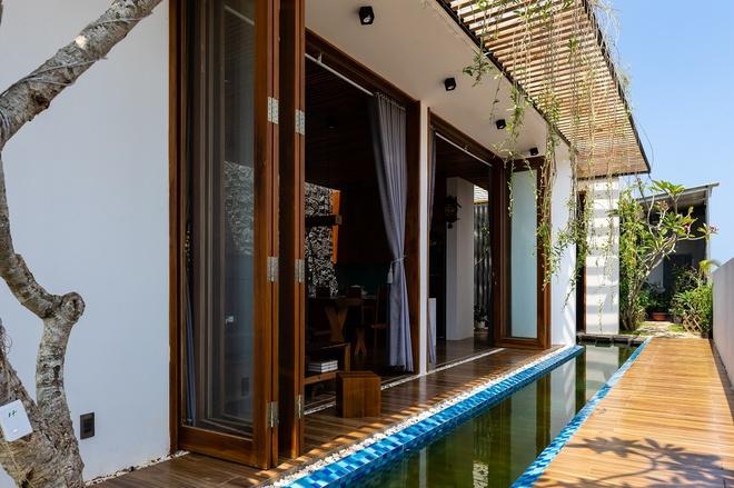 Ngôi nhà có cả một kênh nước bên trong chống nóng - Ảnh 6