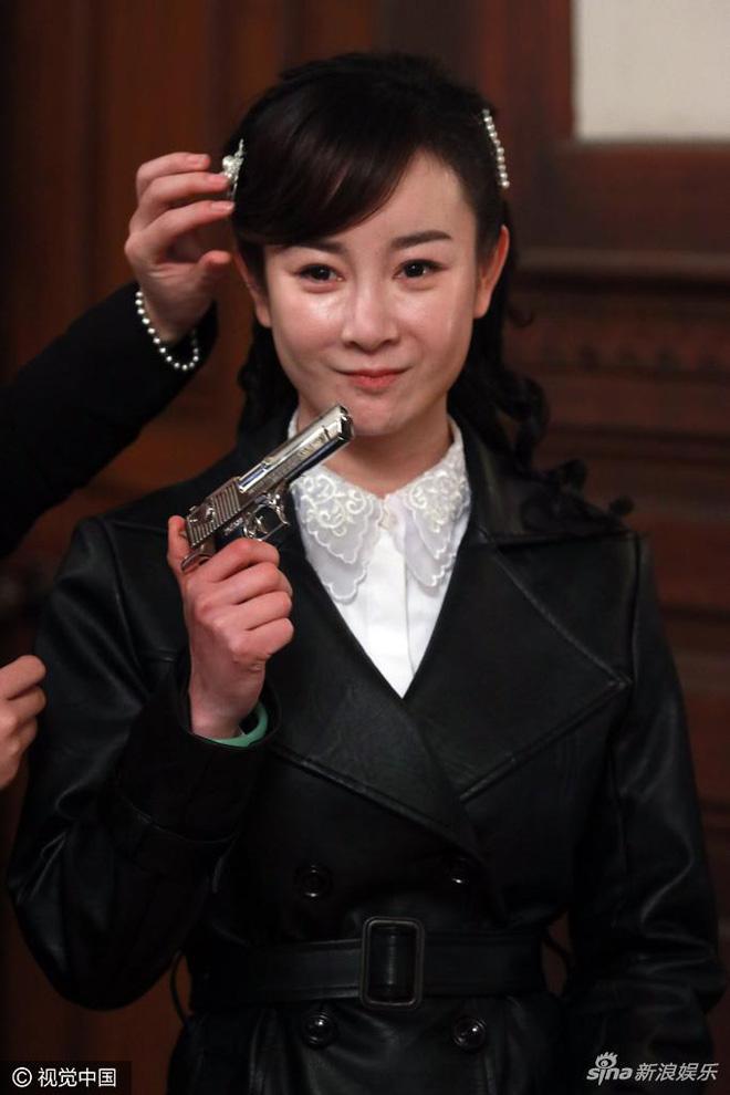Mặt biến dạng vì lạm dụng dao kéo, sao nữ Hoa ngữ khiến fan nuối tiếc vẻ đẹp trong sáng ngày xưa - Ảnh 4