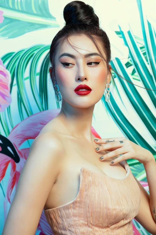 3 mỹ nhân Việt khiến fan trầm trồ bởi nhan sắc ngày càng lên hương sau phẫu thuật thẩm mỹ - Ảnh 8