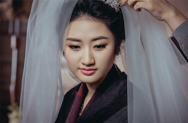 3 nàng hoa - á hậu Việt rũ bỏ hào quang sau khi lấy chồng đại gia bằng tuổi chú - Ảnh 3