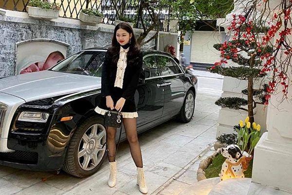 3 nàng hoa - á hậu Việt rũ bỏ hào quang sau khi lấy chồng đại gia bằng tuổi chú - Ảnh 2