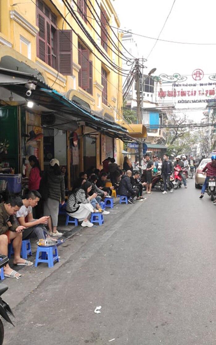 Hà Nội yêu cầu tất cả quán cafe, nhà hàng, phòng gym tạm đóng cửa đến hết ngày 5/4 - Ảnh 4