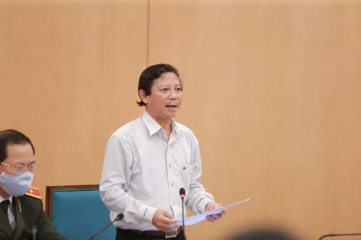 Chủ tịch Hà Nội: Cửa an toàn đã hẹp lại, hơn 20 người dương tính SARS-CoV-2 đang 'lang thang' ở TP - Ảnh 1