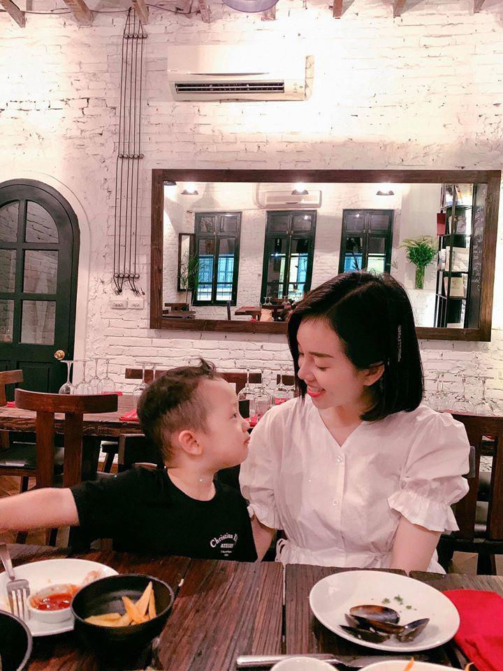 Sinh nhật nhưng không có khách mời, con trai Ly Kute nói một câu khiến mẹ chạnh lòng thương ghê - Ảnh 11