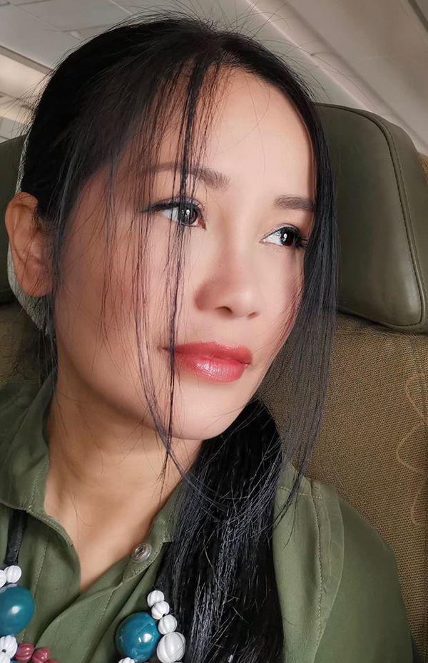 Khi Hồng Nhung khoe mặt mộc ở tuổi 50, tìm mỏi mắt chưa thấy điểm trừ - Ảnh 5