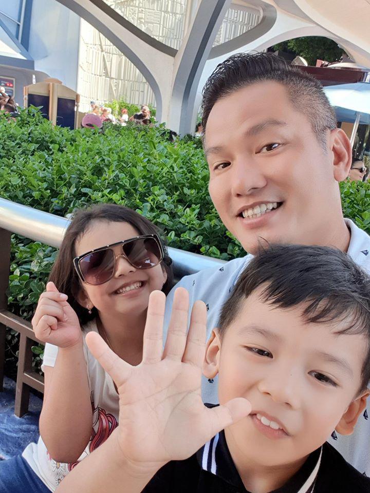 Lần đầu tiên Hoa hậu Jennifer Phạm công khai cận mặt con gái cực dễ thương - Ảnh 6