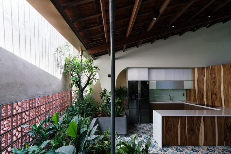 Ngôi nhà mái Thái mang phong cách truyền thống - Ảnh 5