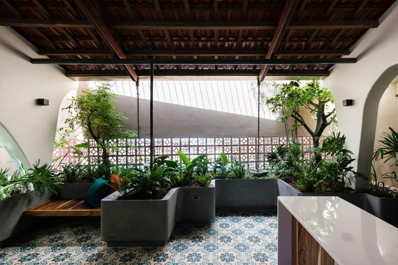Ngôi nhà mái Thái mang phong cách truyền thống - Ảnh 7