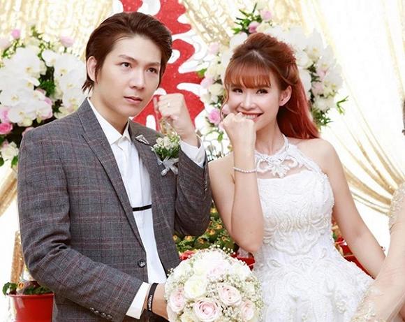 Các cặp sao Việt tiết lộ lý do muộn con - Ảnh 7