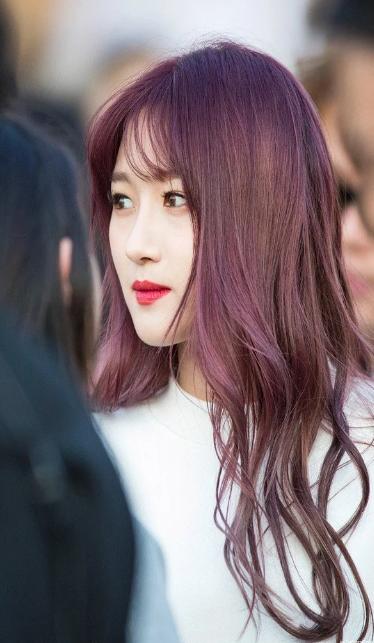 Màu tóc nâu đỏ nổi bần bật, cứ nhuộm là auto tôn da dù da bạn vốn xỉn màu - Ảnh 2