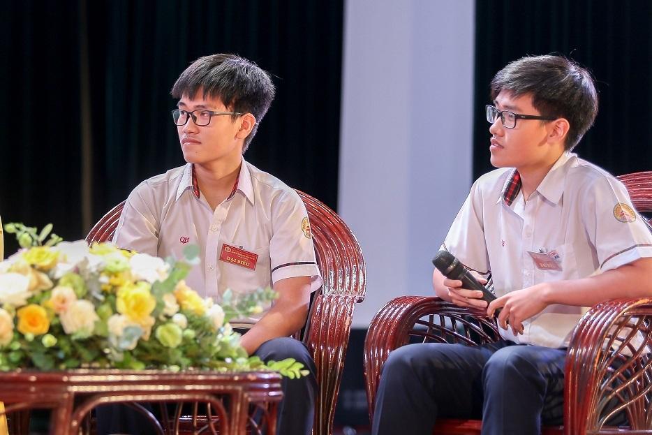 Cặp sinh đôi xứ Huế với 'cú đúp' đặc biệt trong kì thi học sinh giỏi quốc gia - Ảnh 2