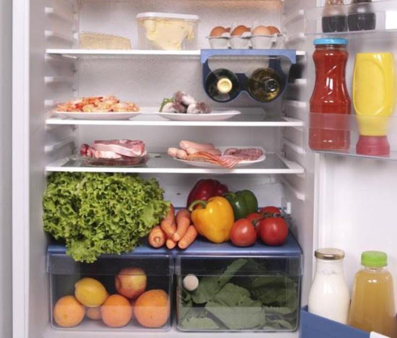 Làm gì để phòng tránh ngộ độc thực phẩm ngày Tết? - Ảnh 2