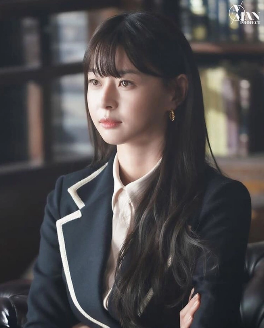 Nữ phụ 'Itaewon Class' nhan sắc xinh đẹp có khả năng cân mọi kiểu tóc - Ảnh 2