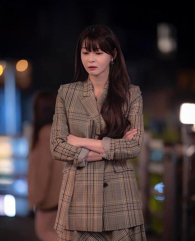 Nữ phụ 'Itaewon Class' nhan sắc xinh đẹp có khả năng cân mọi kiểu tóc - Ảnh 3