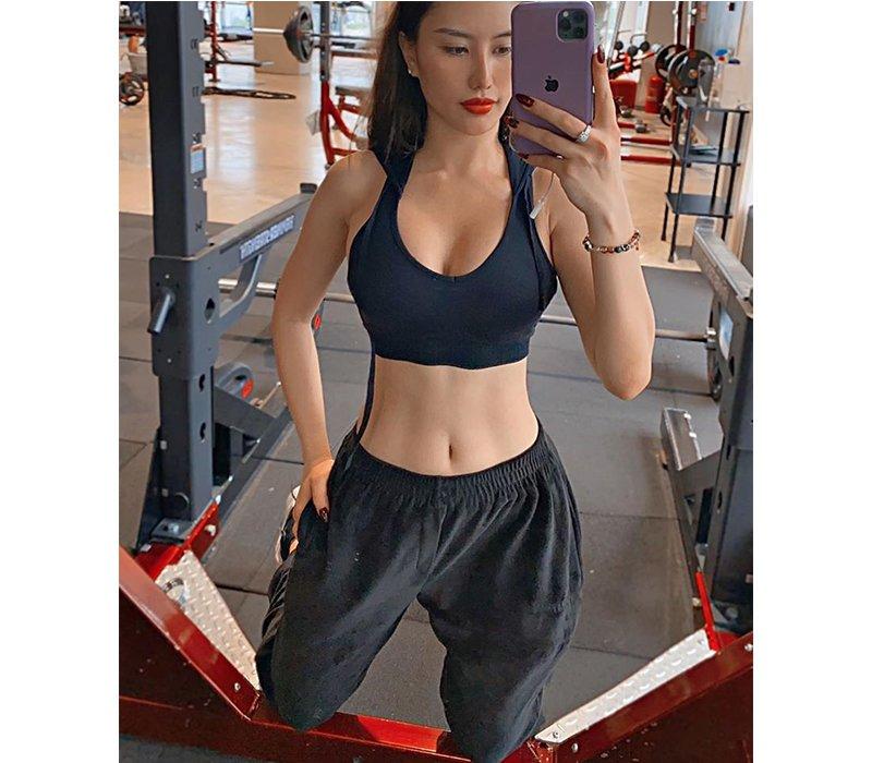 Siêng tập gym, hotgirl chẳng cần tạo dáng mà ba vòng bốc lửa vẫn hiện lên rõ mồn một - Ảnh 7