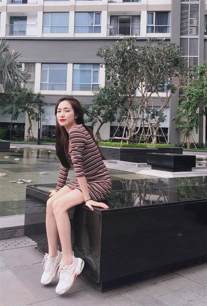 Bất ngờ với khối tài sản hàng trăm tỷ của Hòa Minzy ở tuổi 25 - Ảnh 3