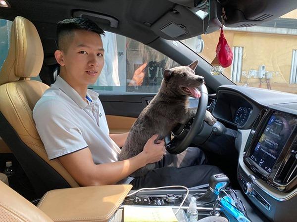 Lộ diện 'con sen' của chú chó Nguyễn Văn Dúi: Đã đẹp trai lại còn siêu giàu - Ảnh 2