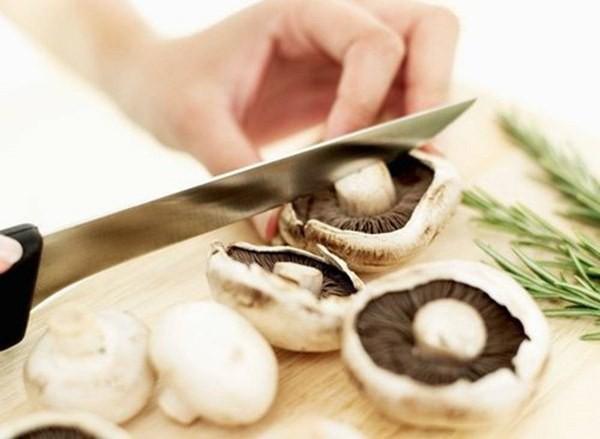 Những điều cần biết khi ăn nấm để tránh ngộ độc, đừng bỏ qua kẻo 'ân hận mấy cũng muộn' - Ảnh 3