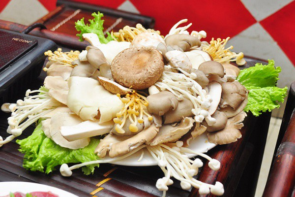 Những điều cần biết khi ăn nấm để tránh ngộ độc, đừng bỏ qua kẻo 'ân hận mấy cũng muộn' - Ảnh 1
