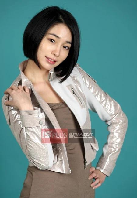 Sắc vóc Song Hye Kyo, Jang Nara thời mới nổi tiếng - Ảnh 9