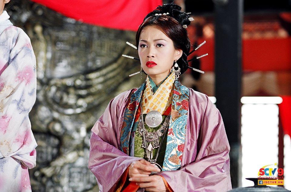 Phận đời 4 mỹ nhân TVB cùng tên Doanh: người giàu sang phú quý, kẻ quy y cửa Phật - Ảnh 4