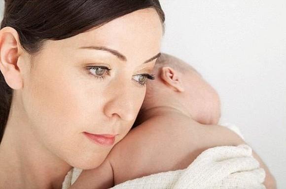 Suốt thời kỳ mang thai tôi không dám đi siêu âm vì hi vọng điều kỳ diệu sẽ đến, ngờ đâu khi con ra đời tôi chỉ biết ôm mặt khóc - Ảnh 1