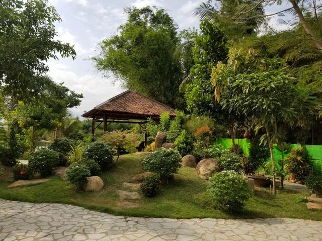 """Choáng ngợp """"biệt phủ"""" gỗ hoành tráng rộng 1300m2 ở Nha Trang - Ảnh 6"""