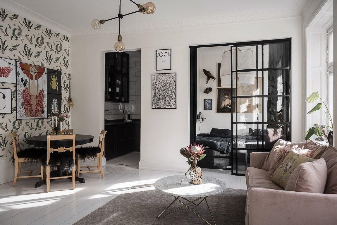 Căn hộ rộng 73m² sáng bừng với tông màu hồng phấn ngọt ngào đan xen nét cổ điển đặc trưng - Ảnh 1