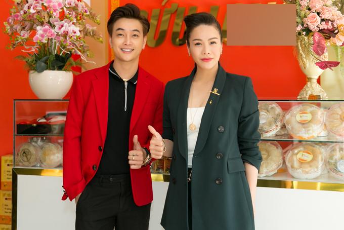 Nhật Kim Anh tươi rói đi tậu xế mới mặc đấu tố ngoại tình - Ảnh 5