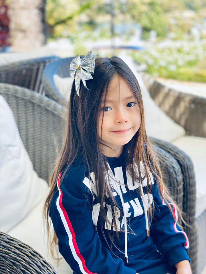 5 nhóc tỳ con lai cực đáng yêu của sao Việt, bé thứ 3 khiến ai cũng để ý - Ảnh 8