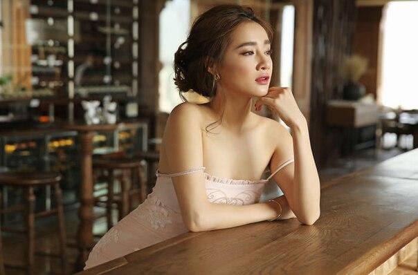 Sao Việt có gương mặt ngây thơ nhưng body lại bốc lửa: Nhã Phương là nhân tố bất ngờ - Ảnh 21