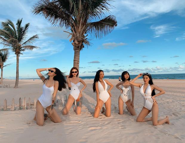 Nhóm bạn thân 5 cô gái trẻ đến từ TP. HCM gây xôn xao MXH bởi vóc dáng quá gợi cảm - Ảnh 5