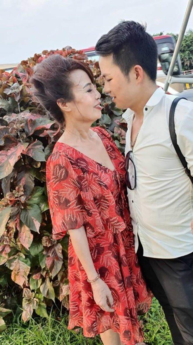 3 cặp đôi vợ già – chồng trẻ kém vài chục tuổi từng xôn xao MXH giờ ra sao? - Ảnh 3