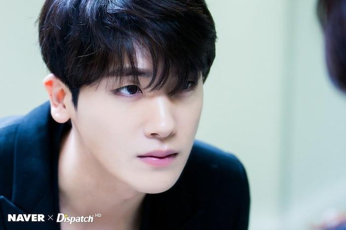 8 idol Kpop từng là nạn nhân của bắt nạt học đường: Từ Kang Daniel, V đến cả G-Dragon - Ảnh 3