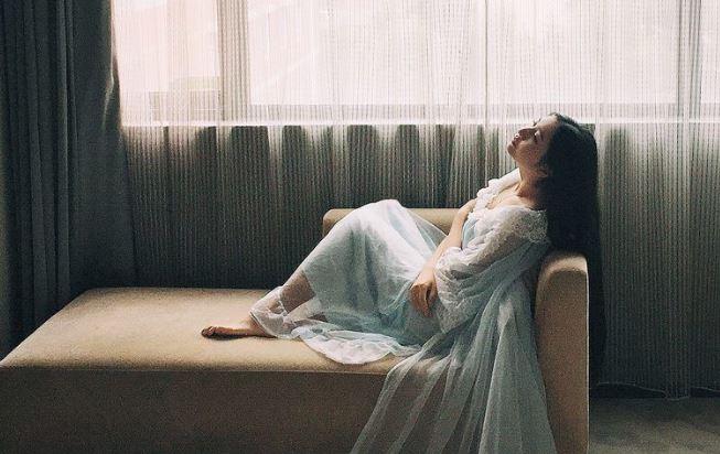 4 thứ phụ nữ phải ''đeo chặt'' vào người mình nếu muốn thoát khỏi cảnh sống khổ tâm - Ảnh 1