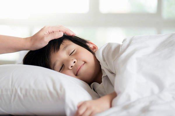 4 điều cha mẹ cần làm gấp khi tháng 5 đến để con chân dài, khỏe mạnh - Ảnh 2